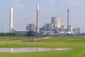 800px-Power_plant_Voerde